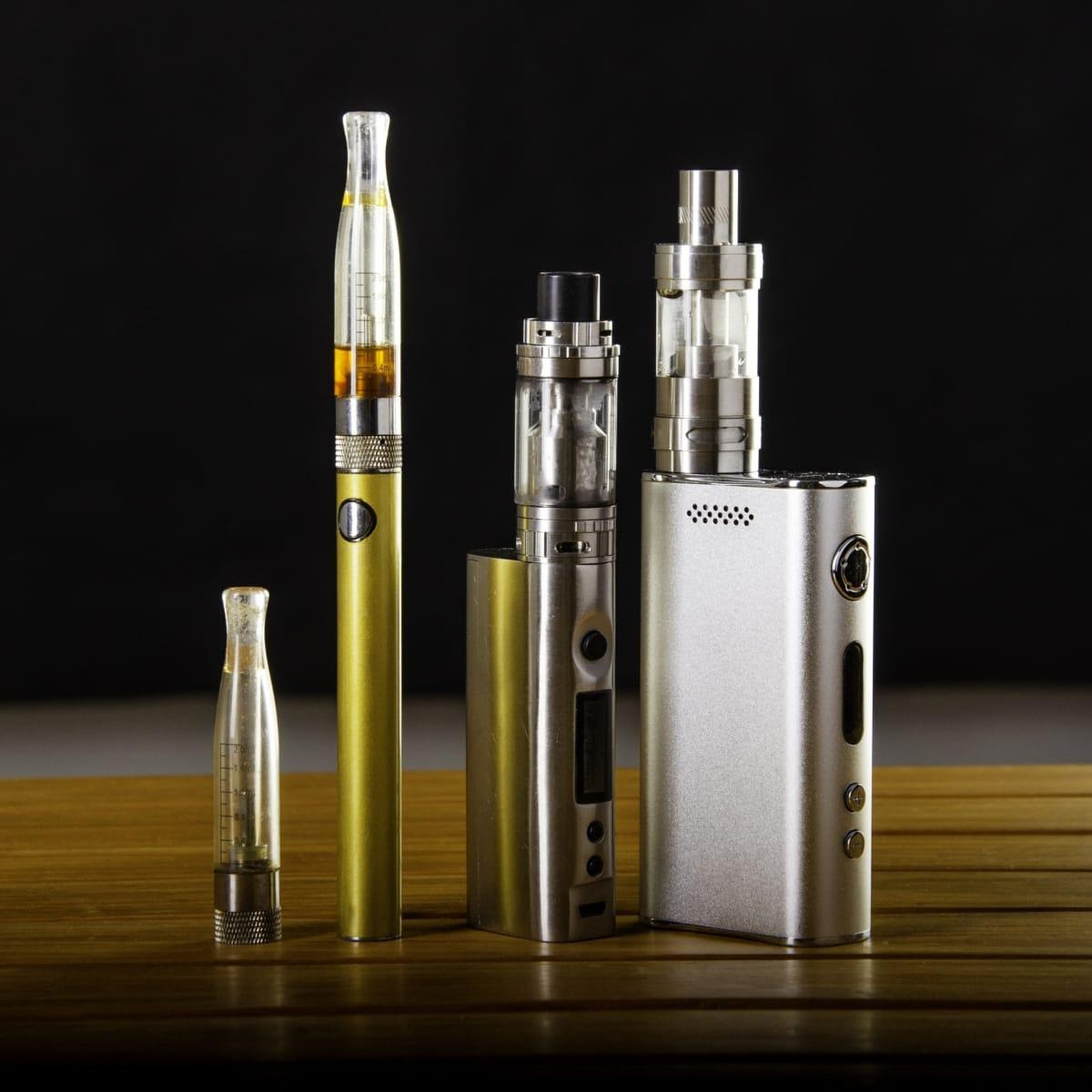 Read more about the article What Does Vaping Products Contain?